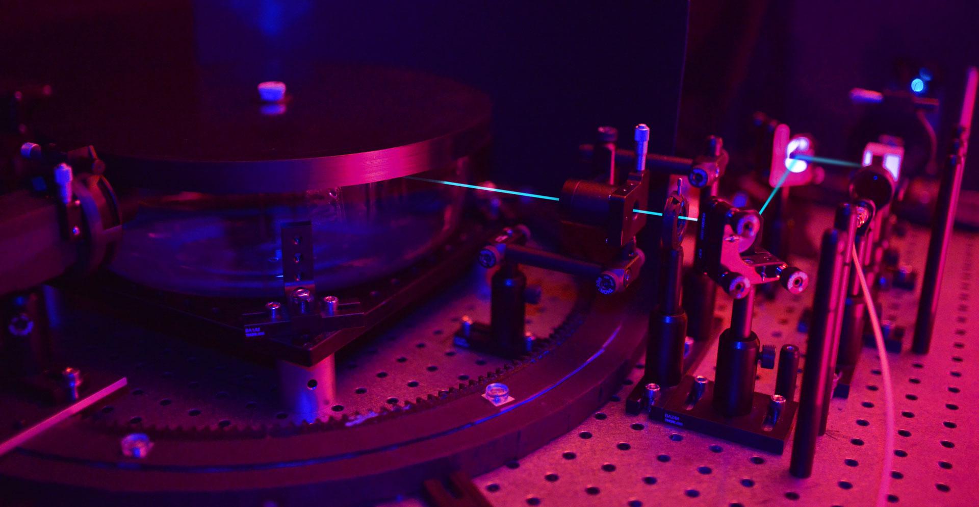 Drehkranz für 360° Spektrometer Messungen
